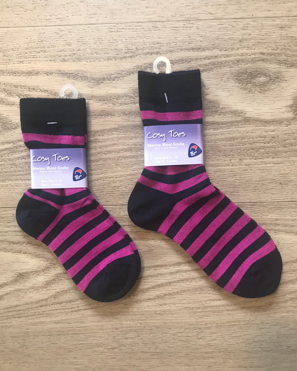 Kids Merino Socks – Navy/Pink Crew